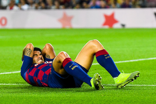 Suarez admits time is almost up at Nou Camp