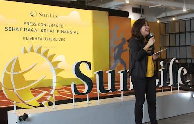 Elin Waty sebagai Presiden Direktur Sun Life Indonesia menjelaskan tentang sehat fisik dan sehat finansial