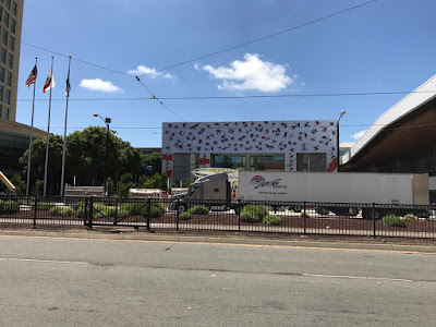 WWDC3 Apple Starts Adorning the McEnery Conference Middle for WWDC 2017 [Photos] Jailbreak
