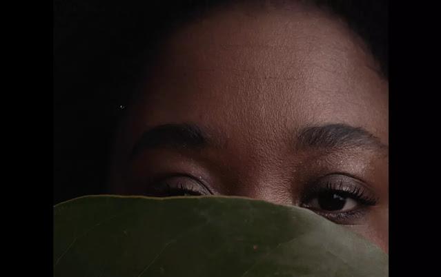 """""""Gomero en Eros"""" es el nuevo videoclip de Pascuala Ilabaca"""