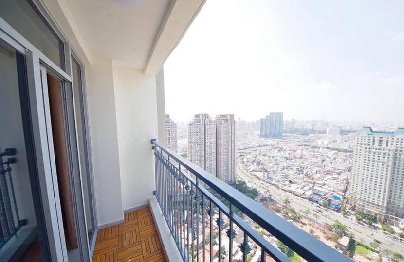 Thiện chí bán căn hộ Vinhomes C3 tầng 28 với 2PN bao giá