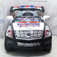 Mobil Mainan Aki DoesToys DT810 Cadillac