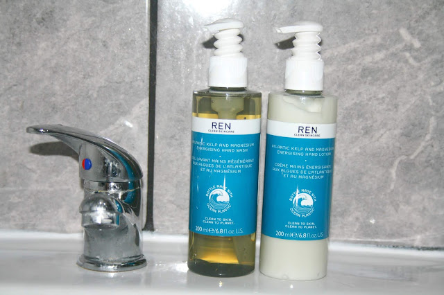 REN Clean Skincare Atlantic Kelp Hand Care Duo Gift Set