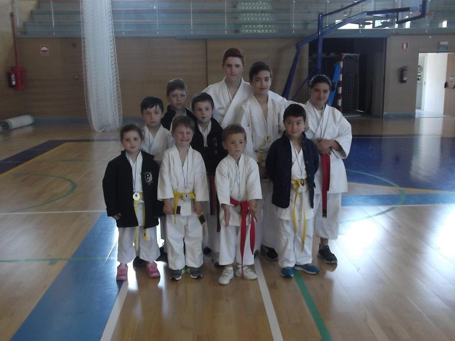 Karate shito ryu asturias el gimnasio yin yang y la for Gimnasio yin yang