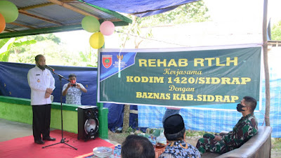 Penyerahan Renovasi RTLH di Compong, Dollah Mando Apresiasi Kodim 1420 Sidrap