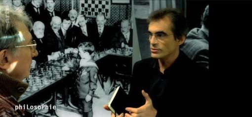 Deux questions philosophiques soulevées par Raphaël Enthoven à propos des échecs