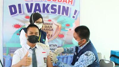 Pencanangan Vaksinasi Covid 19 Bagi Anak Usia 12 - 17 Tahun Tingkat Kabupaten Soppeng