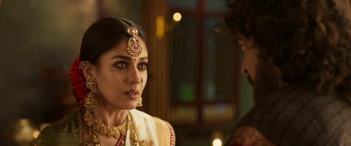 Download Sye Raa Narasimha Reddy (2019) Hindi Dubbed 720p HDRip || MoviesBaba 4