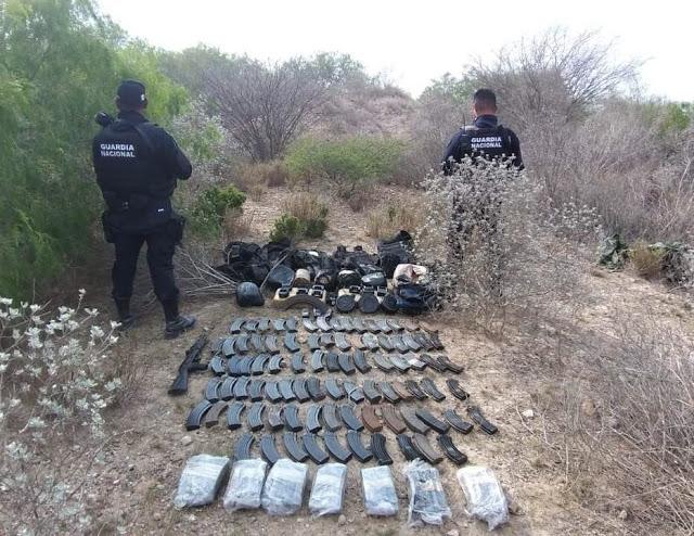 Guardia Nacional Asegura arsenal, droga y equipo táctico militar al CDG