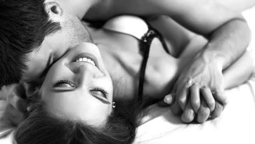 Vì sao chúng ta thích làm tình vào ban đêm?