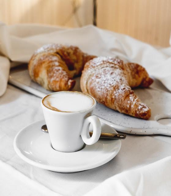 mic dejun italian