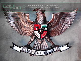 kerajinan logo garuda tembaga