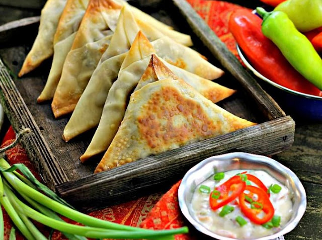 Spicy Vegetable Samosas #spicy #vegan