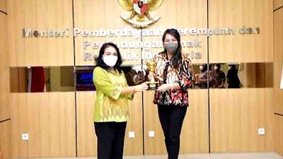 Pemprov Sulut Dapat Penghargaan APE Tingkat Utama dari Menteri PPPA RI