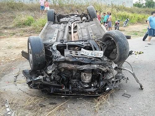 carro de vereador morto em acidente em jaguaribe
