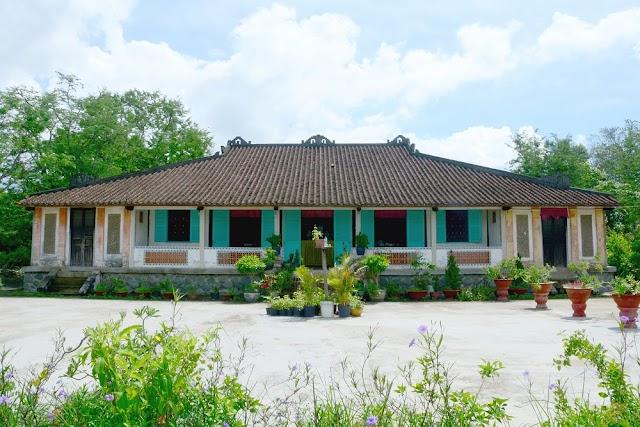 TST tourist phối hợp huyện Cần Đước triển khai tour mới