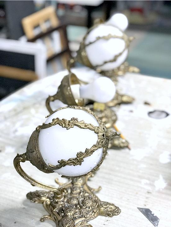 Repurposed Lamp into DIY Winter Snowflake