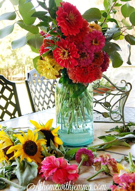 zinnias, sunflowers, flowers, farming, athomewithjemma