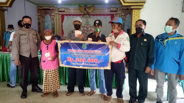 Pemdes Tambun Raya Bagikan Bantuan Langsung Tunai Dana Desa Tahap I Tahun 2021