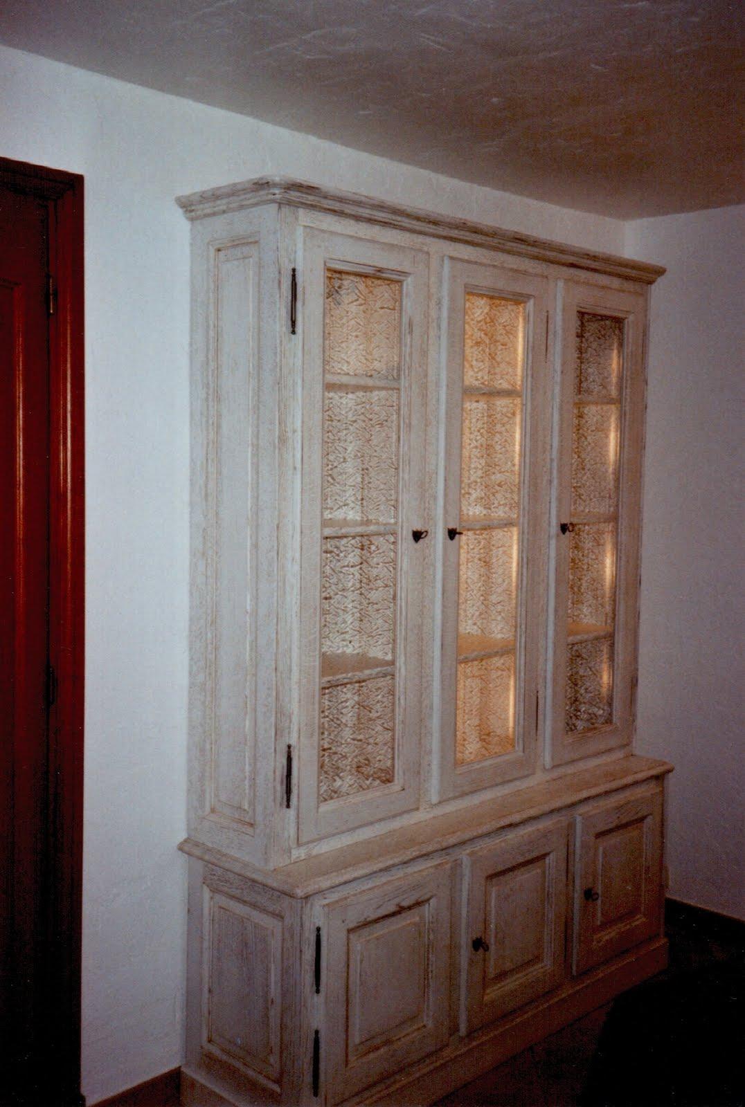 menuiserie vanin biblioth que en peinture cerus e blanche. Black Bedroom Furniture Sets. Home Design Ideas