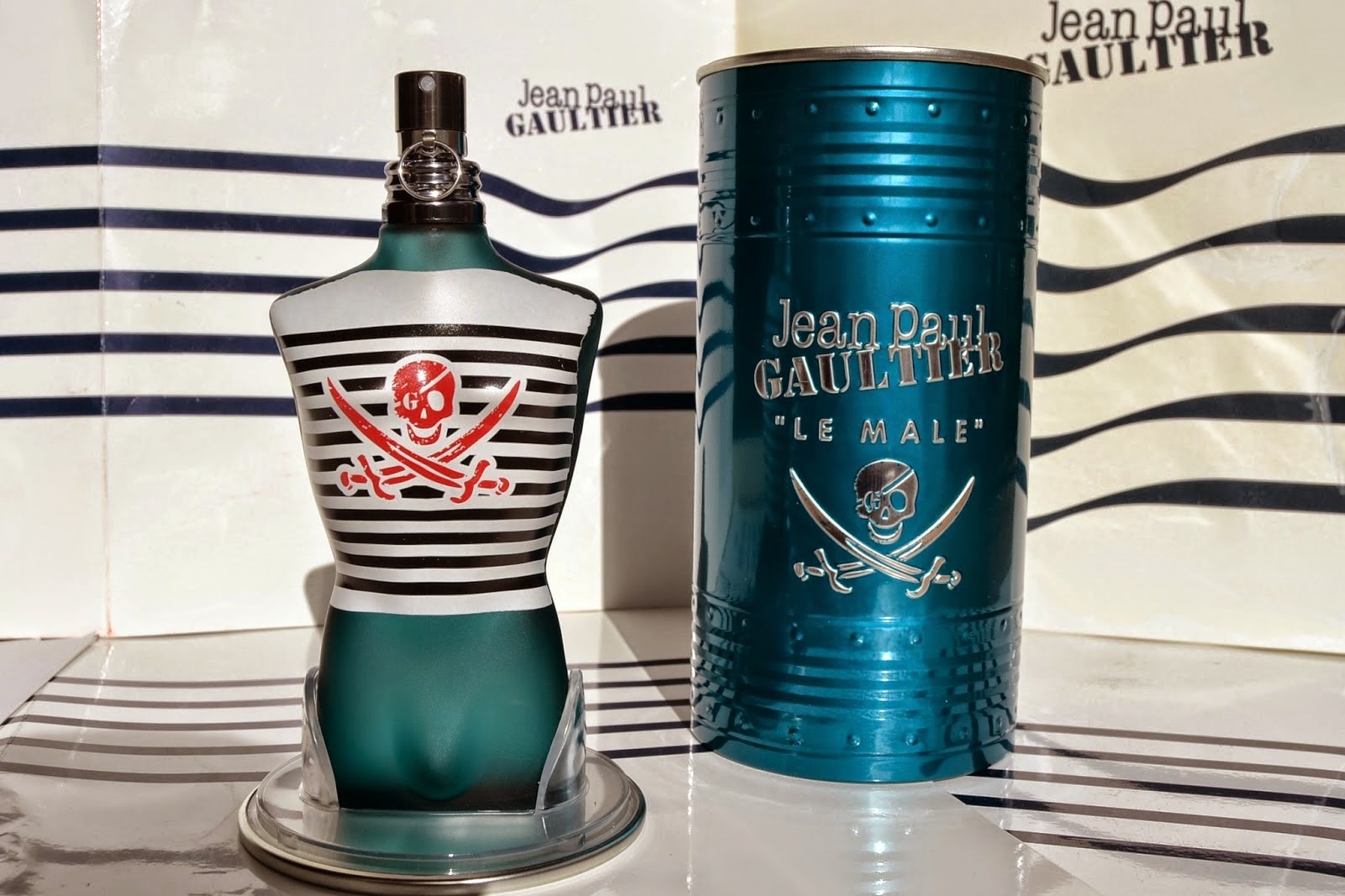 http://www.syriouslyinfashion.com/2015/02/jean-paul-gaultier-le-male-classique-review-syriouslyinfashion.html