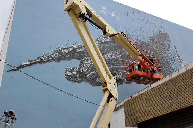 Street Art By Chinese Artist DALeast For Los Muros Hablan '13 In Puerto Rico. 3