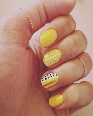 Diseño de uñas AMARILLAS que debes probar YA