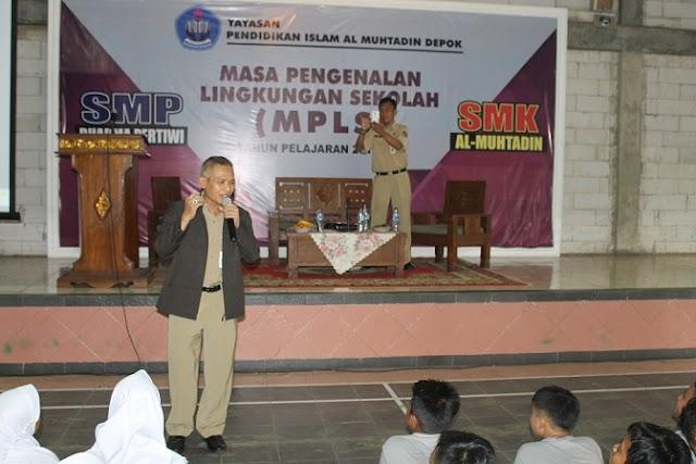 MPLS, Tim P2WK Gembleng Ribuan Siswa Baru