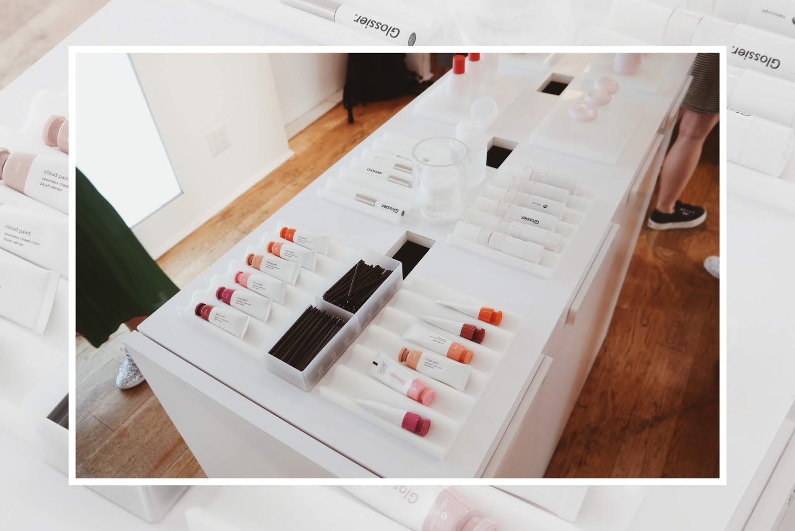 glossier showroom new york nyc noirette diary 7