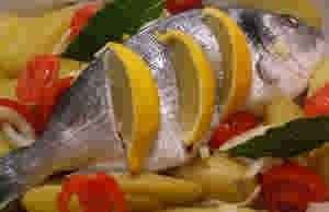 صينيه سمك بالبطاطس