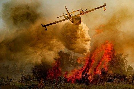 وزير الداخلية الإيطالي يشيد بدعم المغرب في إخماد الحرائق ببلاده