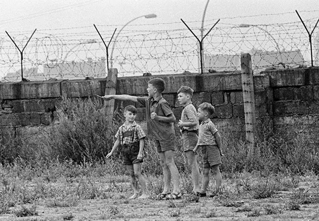 Emotional vintage photos of children playing at the berlin