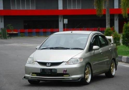 Honda City lama