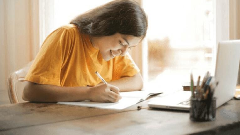 Puisi (ada berada) seruan untuk menghormati guru