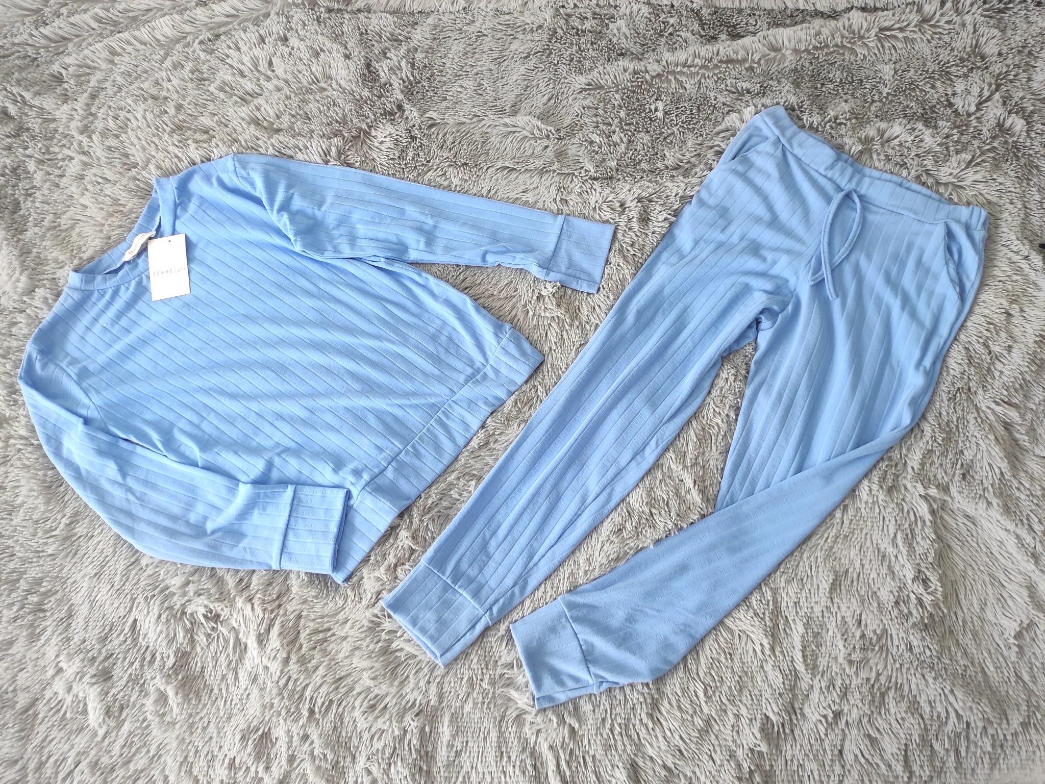 Niebieskie dresy Femmeluxe