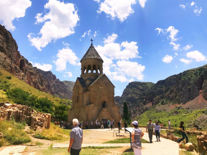 Plan a Trip to Noravank Monastery in Armenia