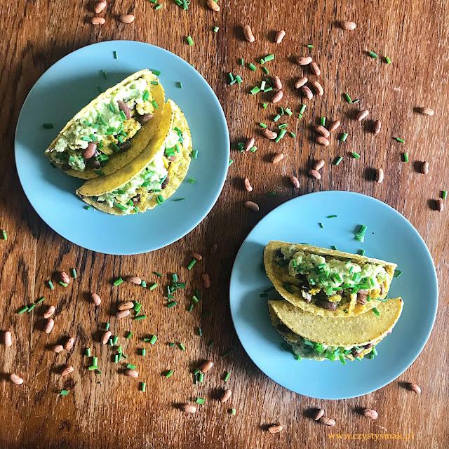 Taco z jajkami i awokado
