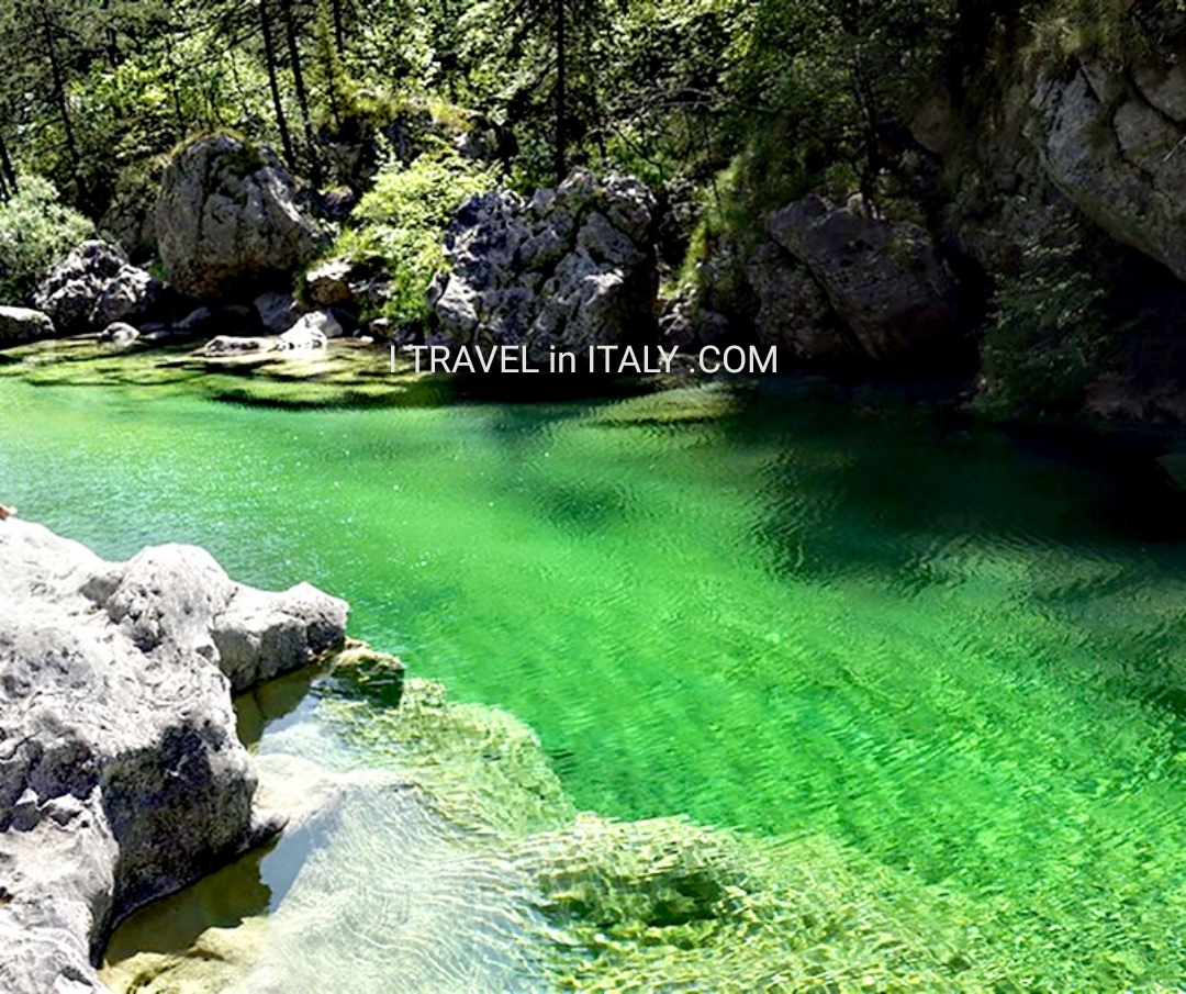 Isonzo Valley, Friuli-Venezia Giulia, Italy - I TRAVEL in ITALY .COM | A story leaked from the photo by [ Recommended by travelers to Italy ]