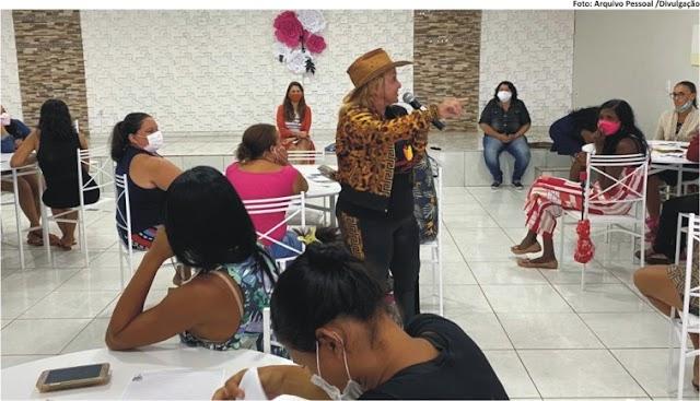 GRÁVIDAS E VULNERÁVEIS - Lucia Bessa participa de ação em favor de mulheres em situação de risco
