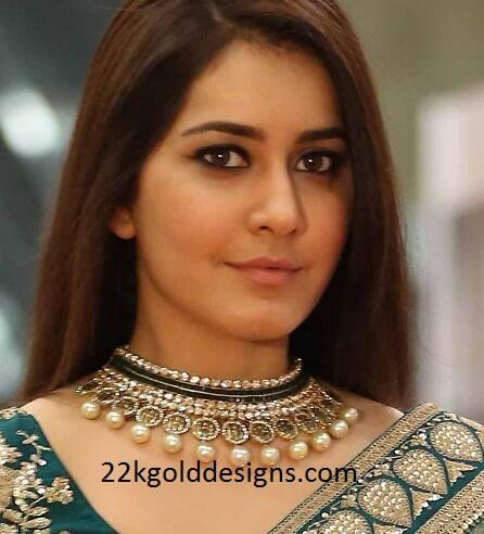 Raashi Khanna in Tibarumal Necklace