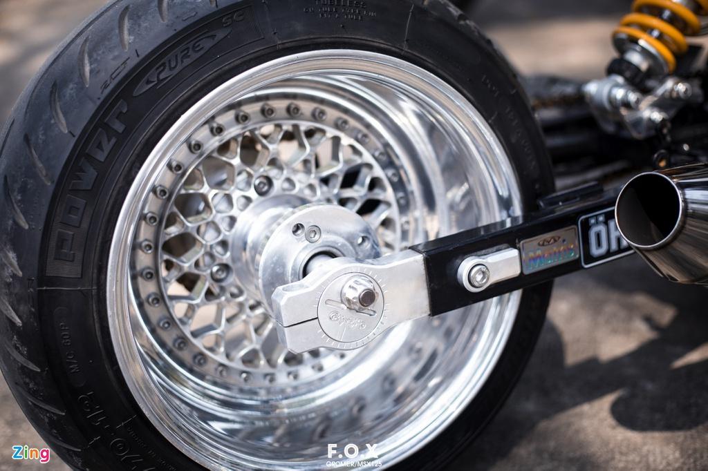 Honda MSX độ thành 'siêu môtô' tại Việt Nam