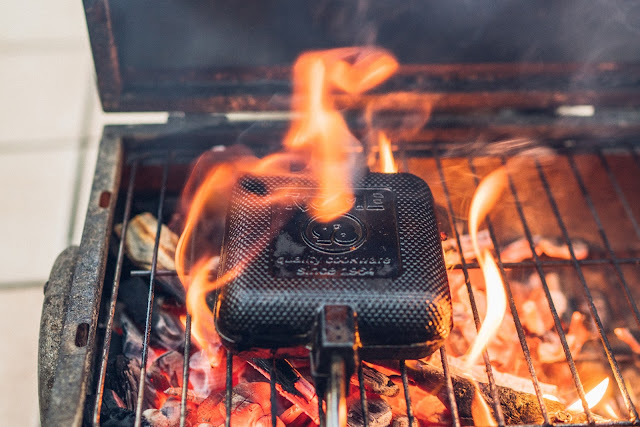 ROME Pie Iron – Sandwicheisen  Sandwiches am Lagerfeuer  Waffeleisen aus Gusseisen 01
