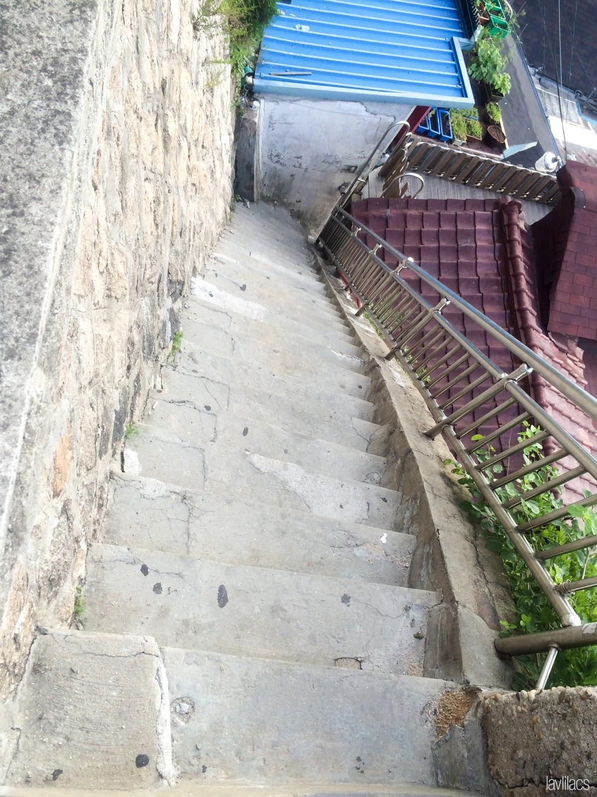 Seoul, Korea - Summer Study Abroad 2014 - Seoul City Touring - Bukchon Hanok Village 북촌한옥마을 北村韓屋마을 drawings