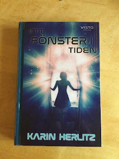 Omslagsbild av boken Ett fönster i tiden av Karin Herlitz, foto Ninni Malmstedt