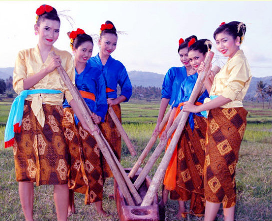 Bendrong Lesung, Kesenian Tradisional Dari Cilegon Provinsi Banten