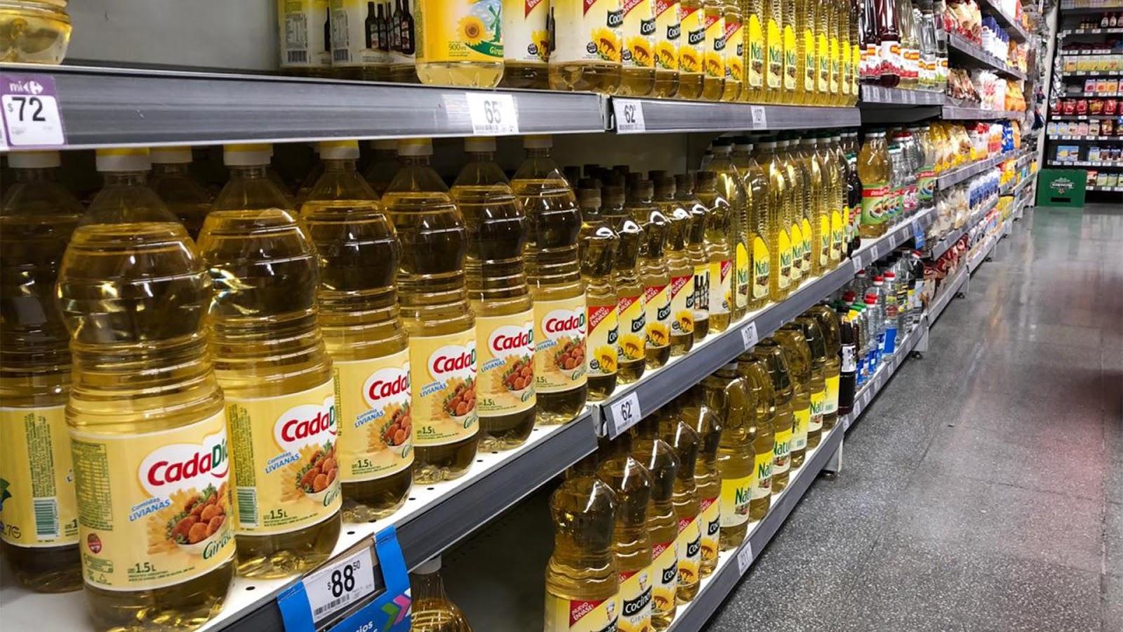 Coronavirus en Argentina: polémica por los precios de los alimentos que paga el Estado para la ayuda social