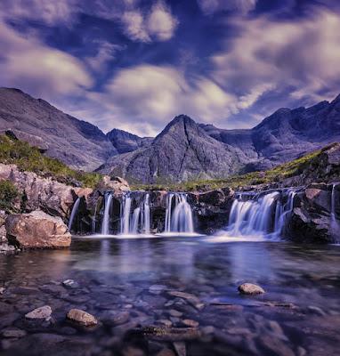 Waterfalls by Robert Lukeman on Unsplash