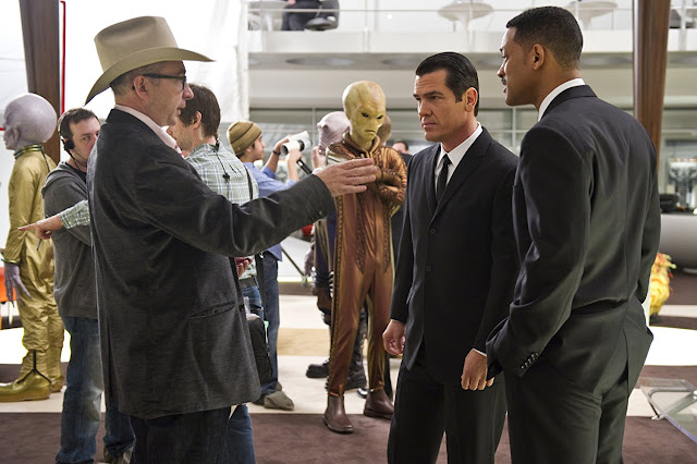 Director Barry Sonnenfeld Men in Black III with Will Smith and Josh Brolin.