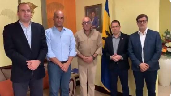Delegación del Gobierno de Venezuela llega a Barbados para continuar el diálogo con la oposición