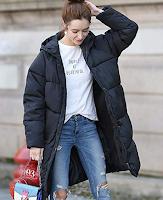 Logo Amazon : Cappotto impermeabile con cappuccio Donna da € 134,99 a soli 26,97 ( 80% di sconto)